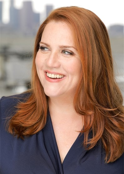 Donna Lynne Champlin Jones Show-min
